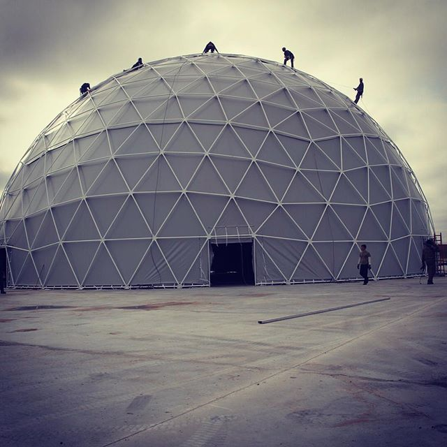 Large dome tent party domes for sale party tent sale for Large photos for sale